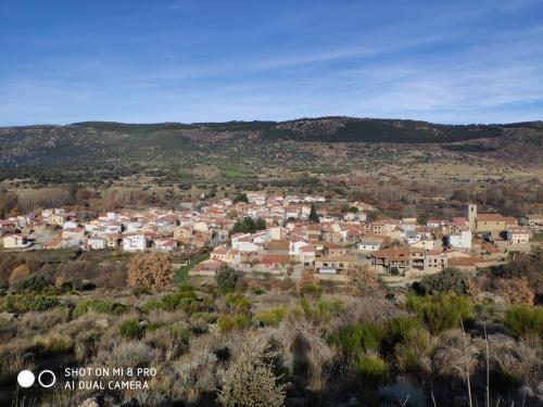 Vista del pueblo completo desde el monte