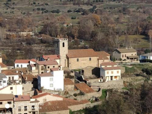 Vista de la iglesia desde el deposito