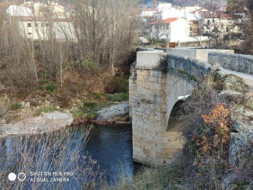 Vista del puente desde un lateral