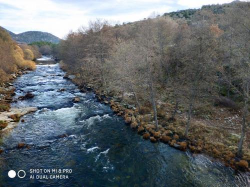 Vista del río desde el puente
